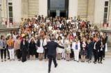 Richard-Ferrand-Fait-Poser-Les-Femmes-Deputes-Du-Groupe-Lrem